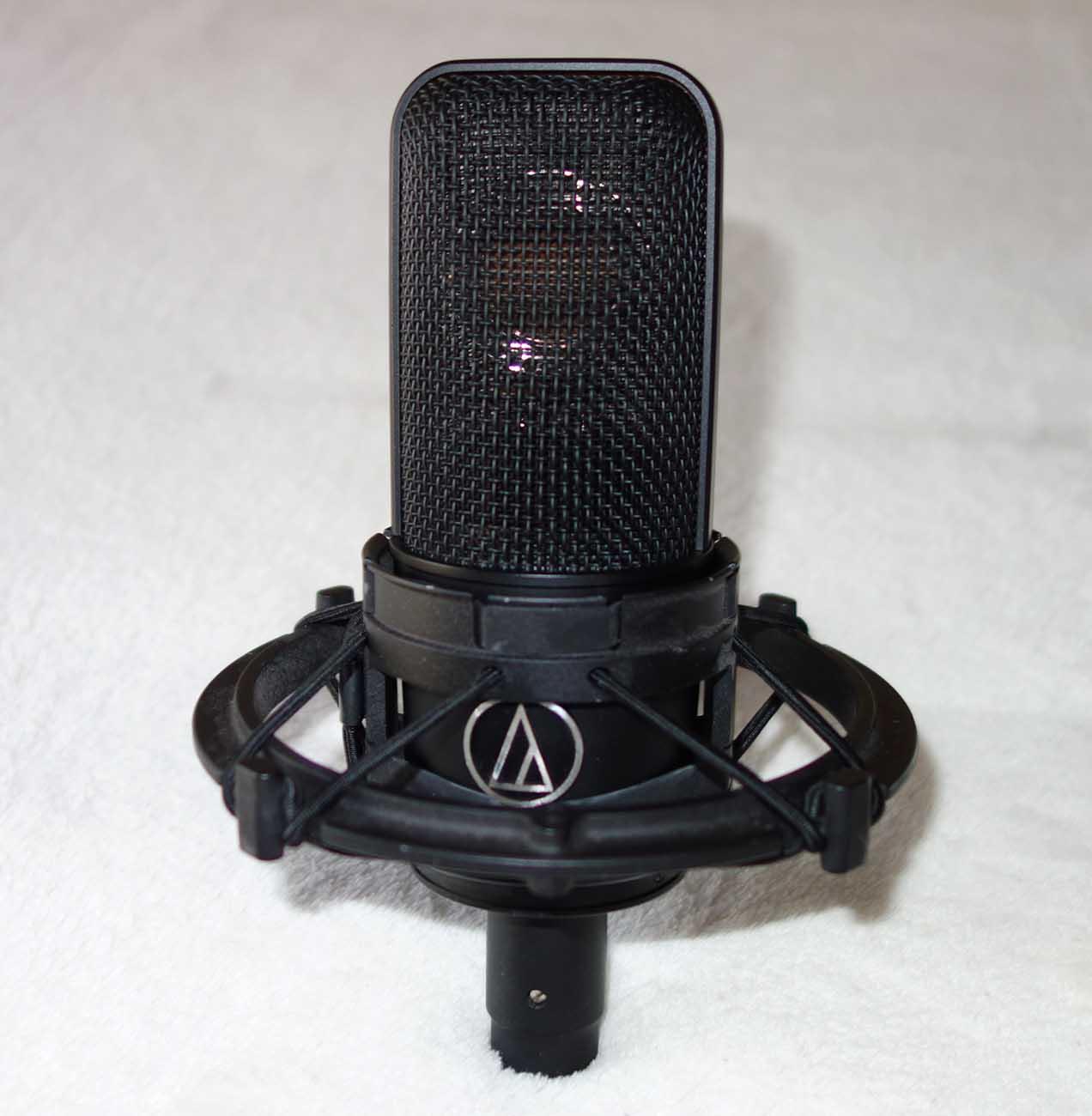 Vintage 1990s Audio Technica AT-4040 Cardioid Condenser Mic w/Original Mount, Case