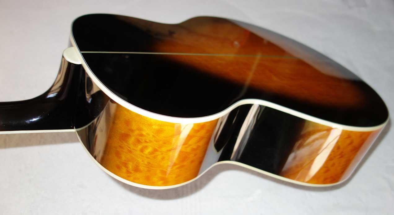 Used 2004 Carlo Robelli TJW-910 Jumbo J200-Style Guitar