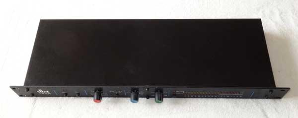 DBX 160A Compressor / Limiter