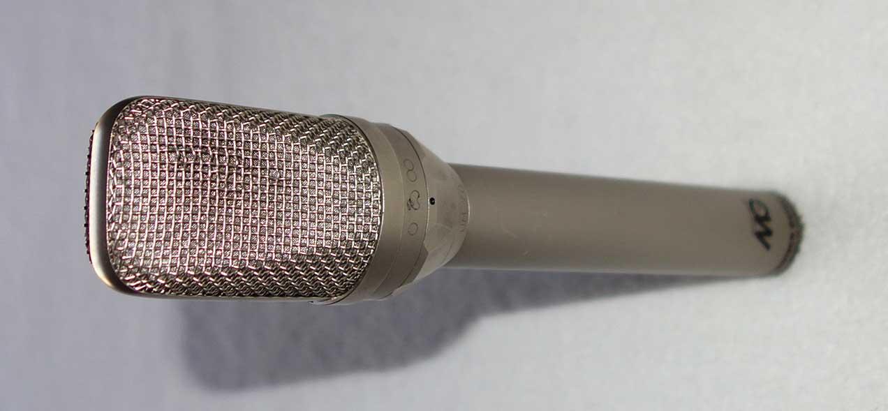 Vintage Neumann Gefell MV692 / UM70 Mic