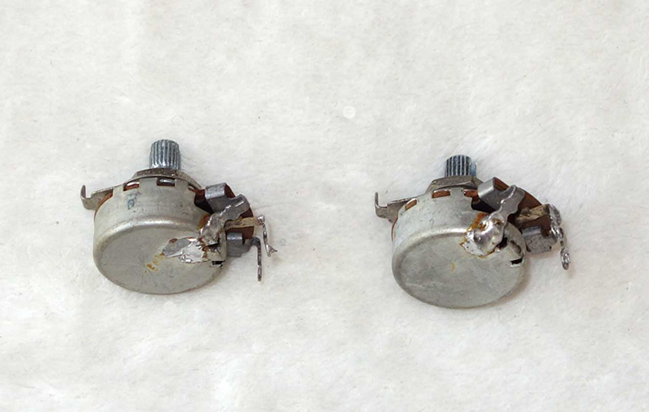 Vintage 1965 Gibson Centralab 2x 250k Pots Set w/Matching Date Codes: 65-35 w/Measured Resistance of 250k, 233k