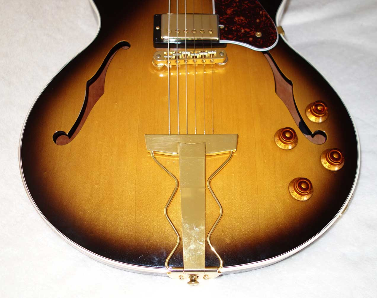 2013 Gibson Midtown Kalamazoo Limited Edition Byrdland / ES-350 Tribute, w/Hardshell Case