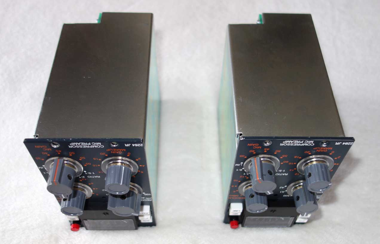 Heritage 2264JR Compressor + Mic Pre 500-Series Double Wide module in Excellent Condition