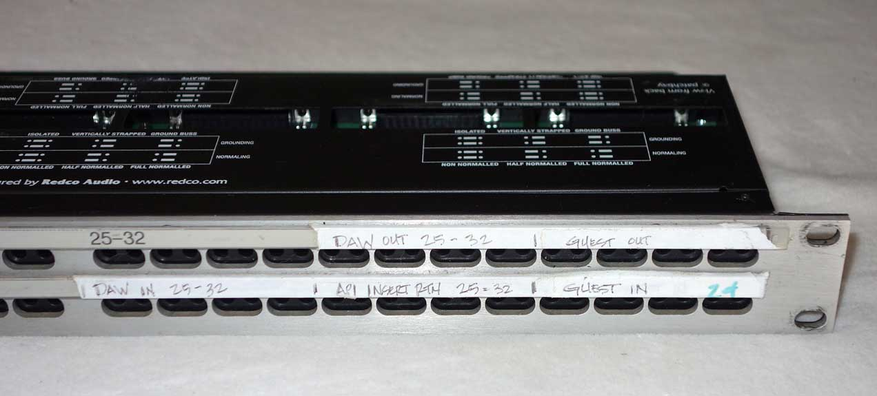 Used Redco R196-D25PG TT/DB25 96Pt Patch Bay