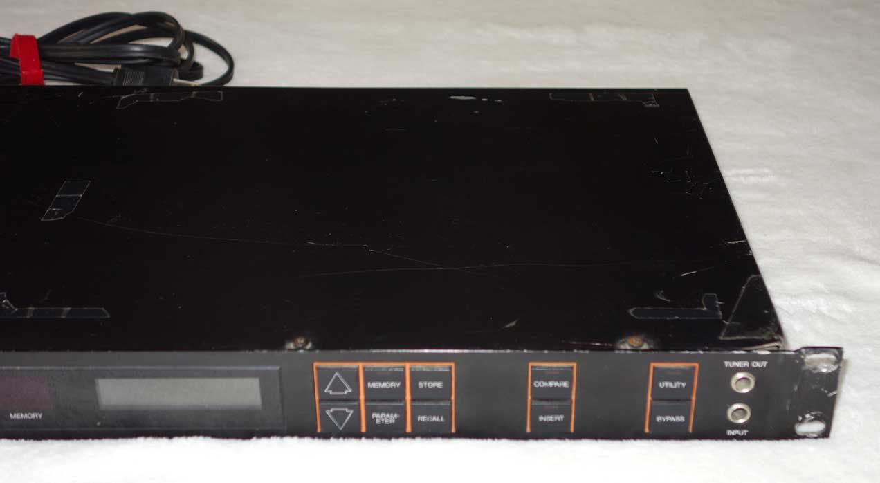 Vintage 1980 YAMAHA GEP50 Stereo Guitar Effects Processor